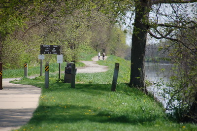 The GIT along the Hennepin Canal Parkway Trail